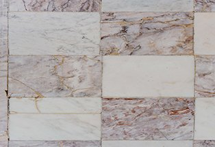 marble tile after a tile cleaning in chicago